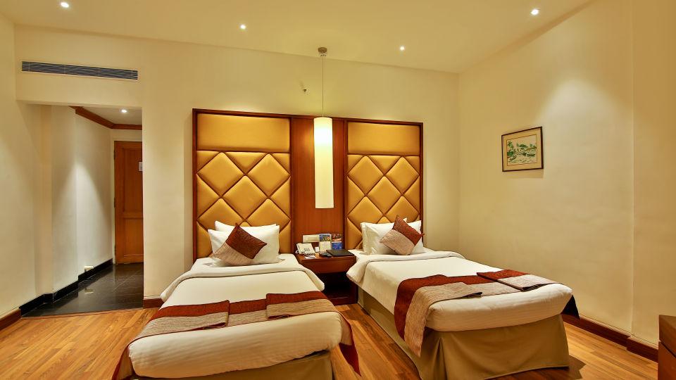 Superior Room at The Gokulam Park Hotel Kochi 7