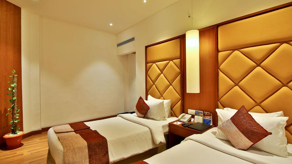 Superior Room at The Gokulam Park Hotel Kochi 8