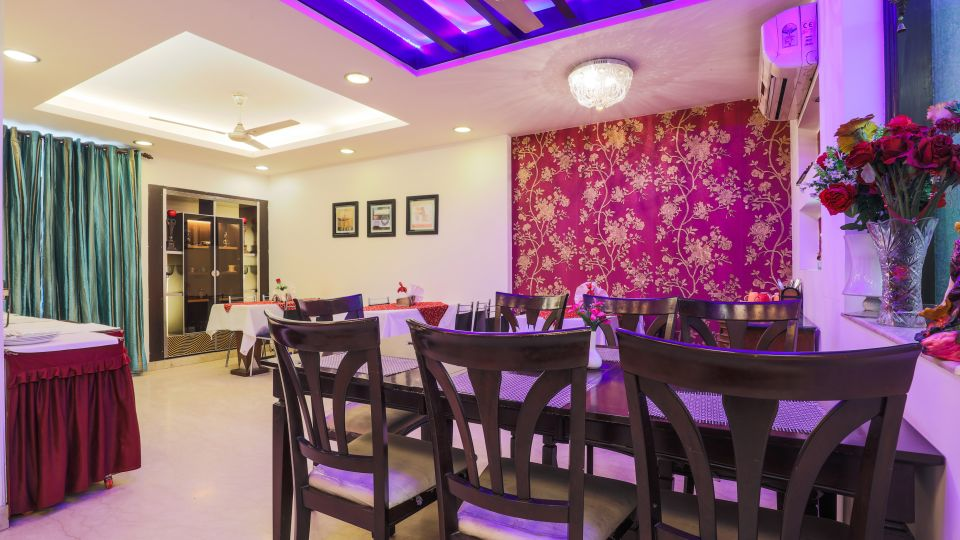 Dining at The Hermitage Hotel (By Cosy Hotels), New Delhi3