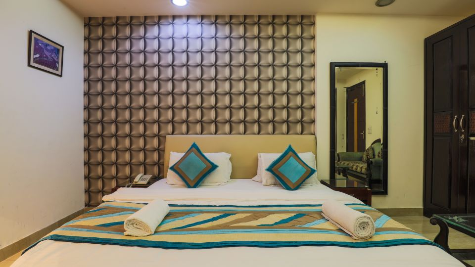 Rooms at The Hermitage Hotel (By Cosy Hotels), New Delhi 3