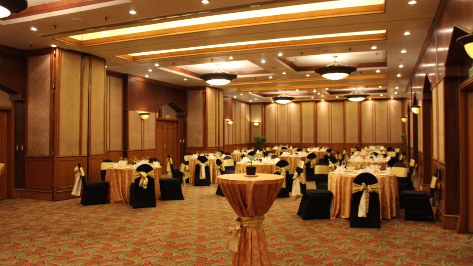 The Orchid Hotel Mumbai Vile Parle Mumbai Chamber Banquet Halls The Orchid Hotel Mumbai Vile Parle near Mumbai Airport Domestic Terminal 4