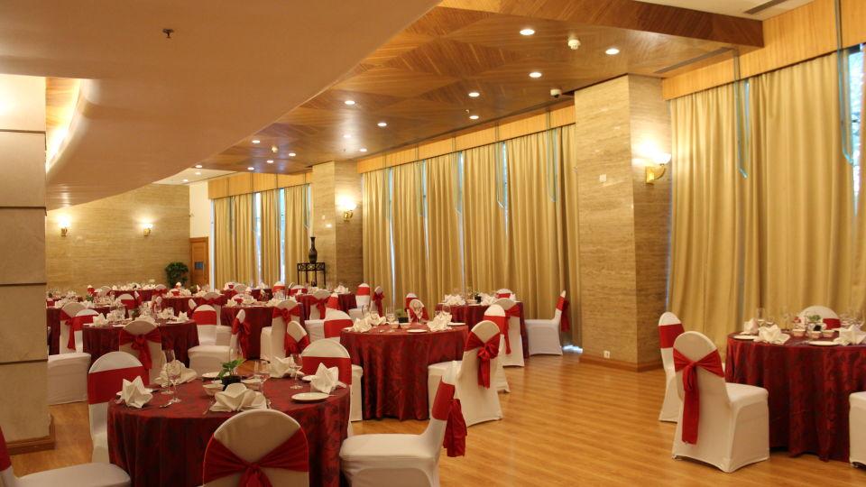 The Orchid Hotel Mumbai Vile Parle Mumbai Prive Banquet Halls The Orchid Hotel Mumbai Vile Parle near Mumbai Airport Domestic Terminal 5