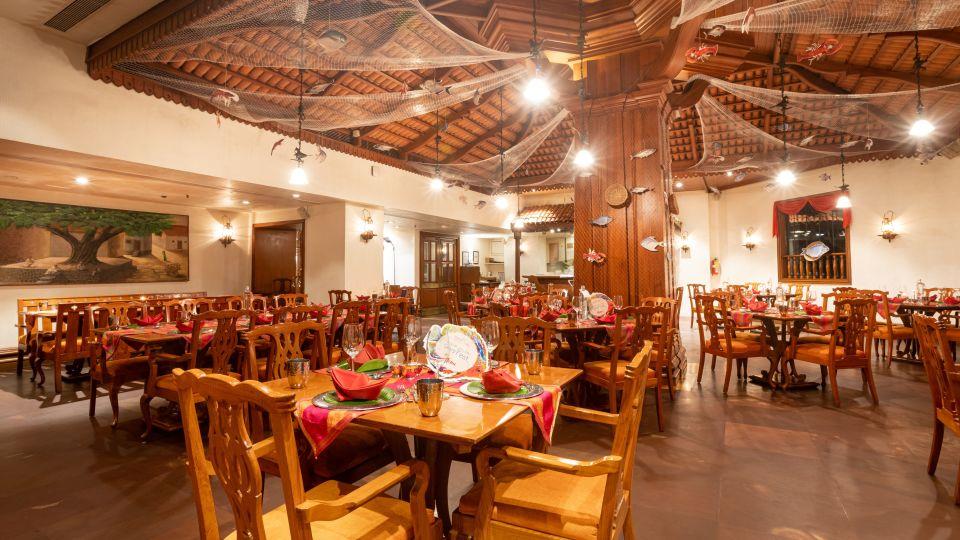 Restaurant in Vile Parle, Orchid Hotel Mumbai Vile Parle, Hotel Near Mumbai Airport 128