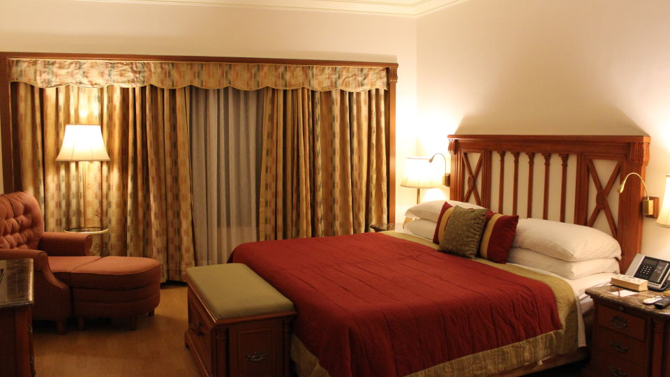 Rooms in Vile Parle Drive, 5-Star Hotels near Mumbai Airport, Orchid Hotel Mumbai Vile Parle 1