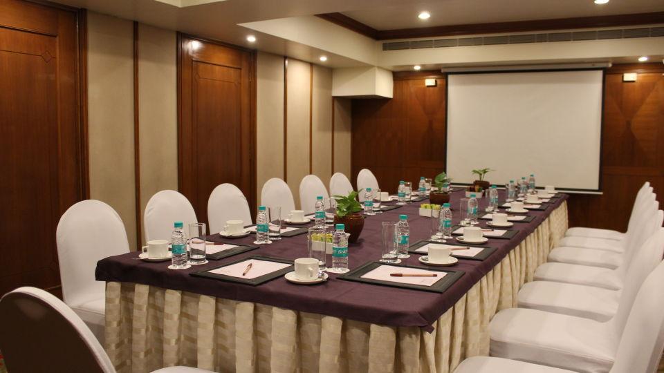 The Orchid Hotel Mumbai Vile Parle Mumbai Senate The Orchid Hotel Mumbai Vile Parle near Mumbai Airport Domestic Terminal