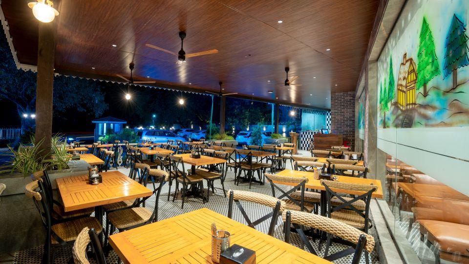 Cafe Vindhyas 2
