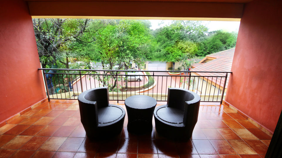Lonavala Hotel Room_Zara s Resort_Lonavala Pool Resort 7