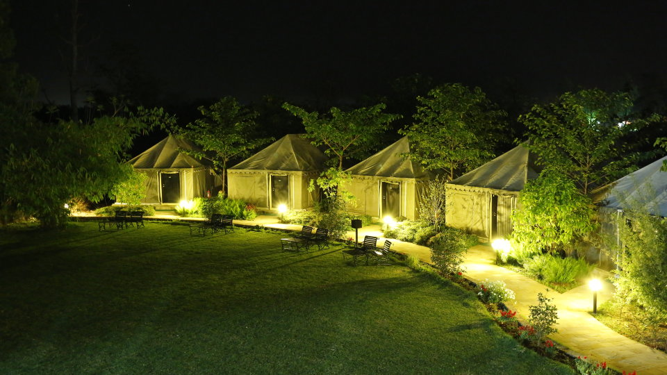 Luxury Tent at the golden tusk resort ramnagar, resort in ramnagar 3