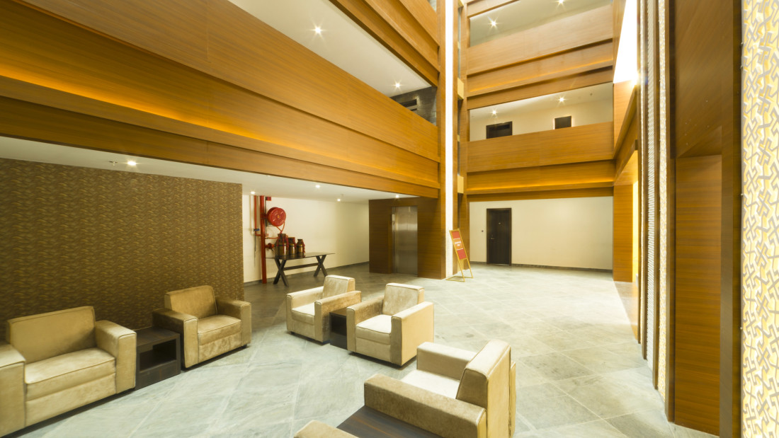 Lobby Reception at Summit Hampton Kerla 5