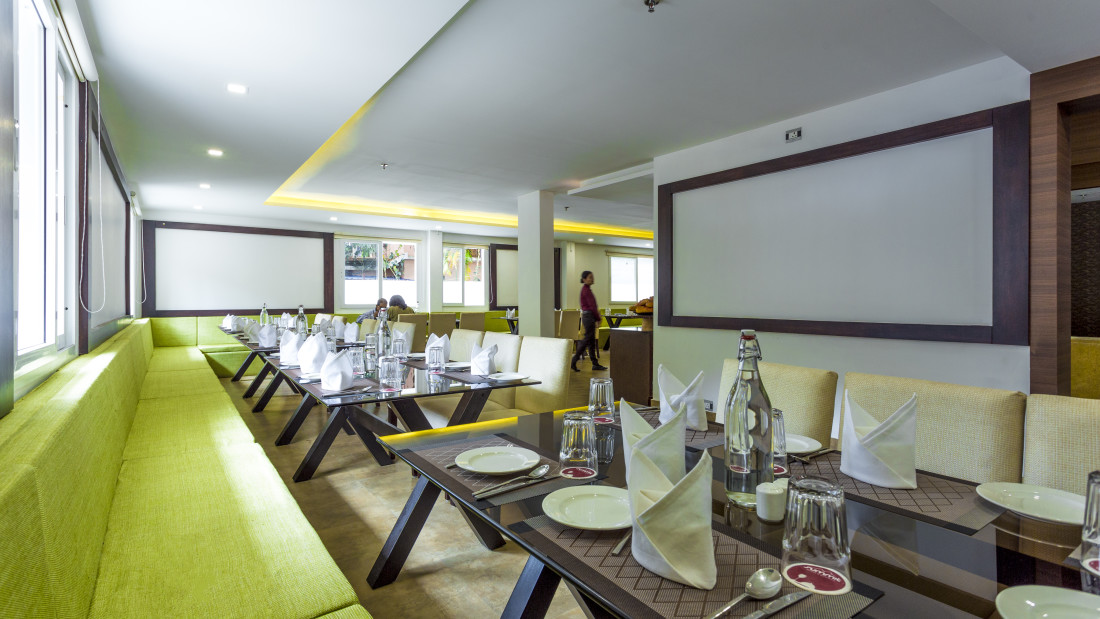 Restaurant at Summit Hampton Kerla 7