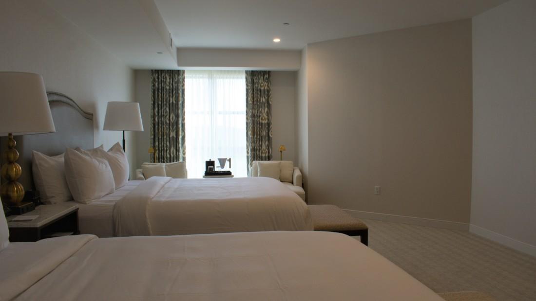Catskills Accommodation, YO1 Health Resort, Lakeview Double King Room 4