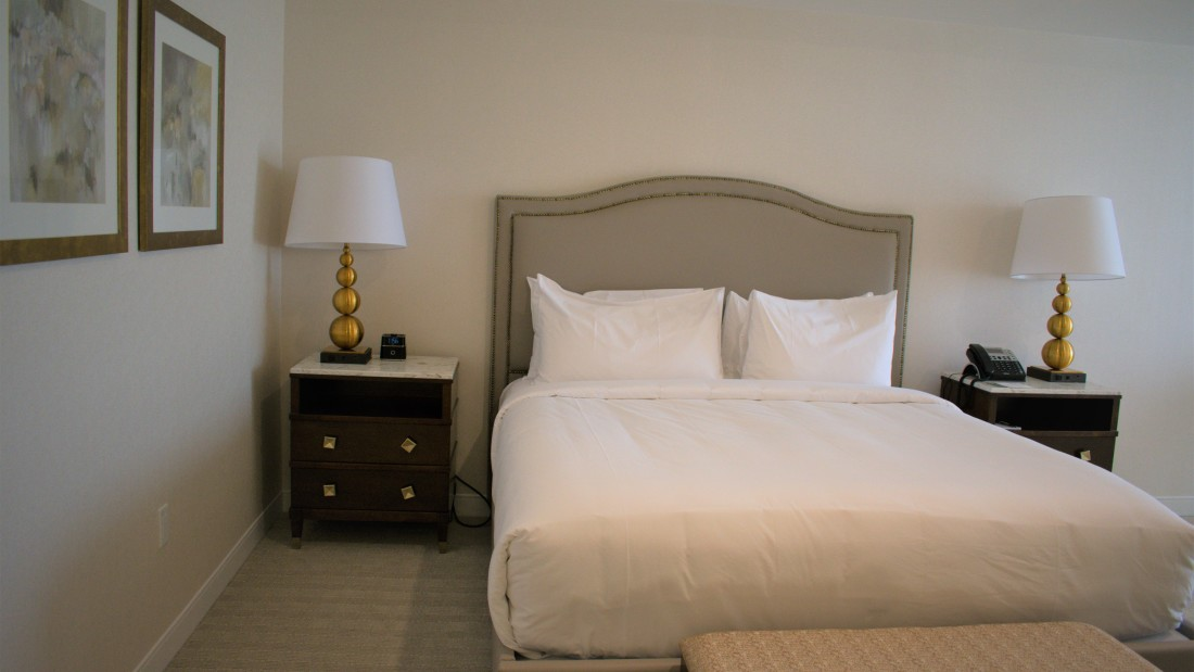 Getaway from NYC , YO1 Health Resort, Lakeview King Room 2