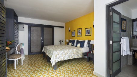 OTP Signature One Double Bedroom Owl and the Pussycat hotel and restaurant in galle 1