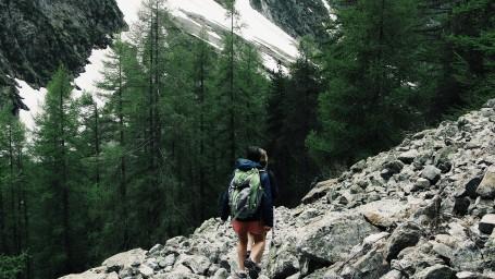 adventure-backpack-backpacker-2076968