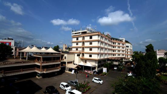 Facade at Hotel Daspalla Vishakapatnam