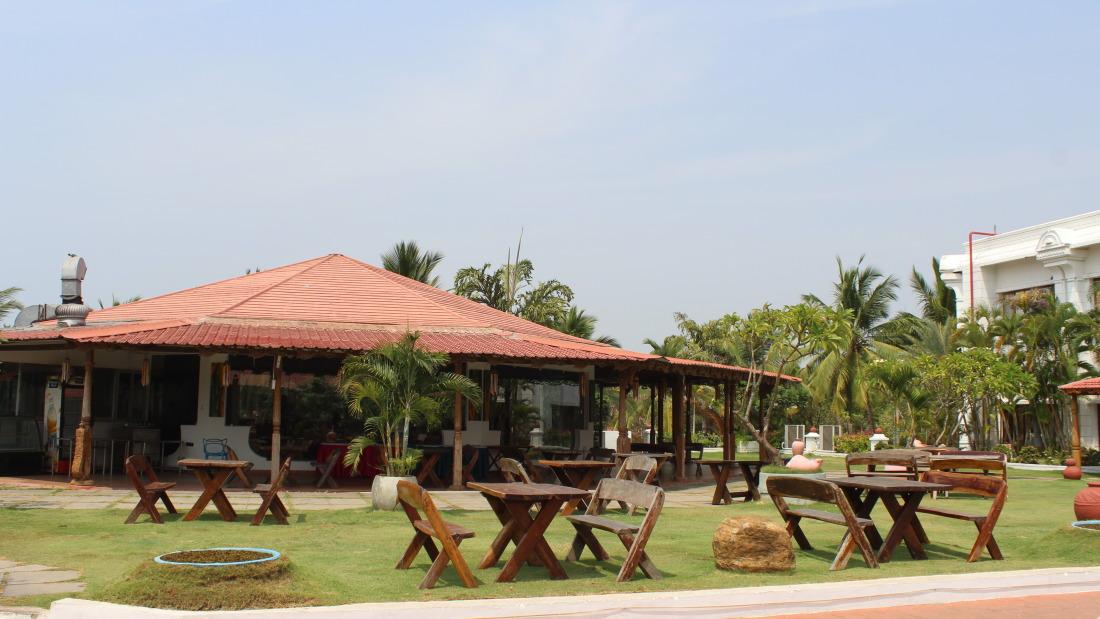 Kapi Restaurant Chariot Beach Resort Mahabalipuram Chennai 2