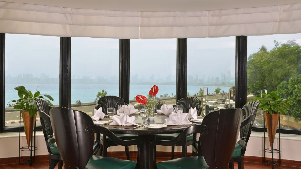 The Bayview - All Day Dining- 24 hour Coffee Shop, Hotel Marine Plaza Mumbai