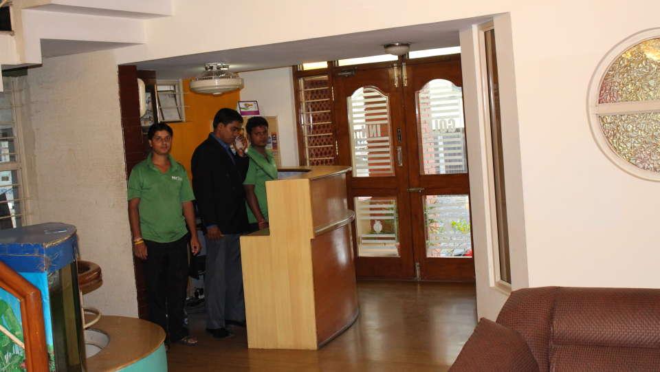Golf Inn Executive Hotel, Bangalore Bangalore lobby 3 golf inn executive hotel near embassy golf links business park