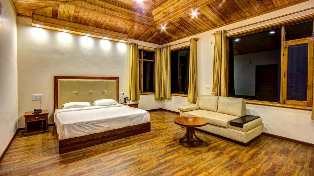 Baragarh Villa Kullu Royal Suite Baragarh Villa Kullu Himachal Pradesh