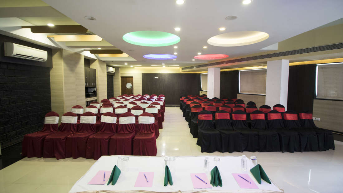 Topaz Meeting and Banquet Hall at Kamfotel Hotel Nashik
