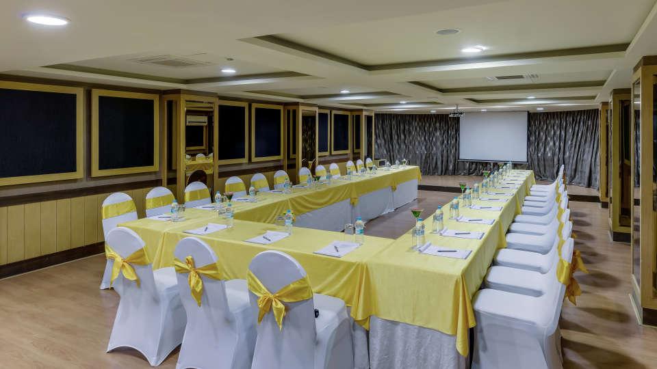 Davanam Sarovar Portico Suites, Bangalore Bangalore Embassy Hall Hotel Davanam Sarovar Portico Suites Madiwala Bangalore