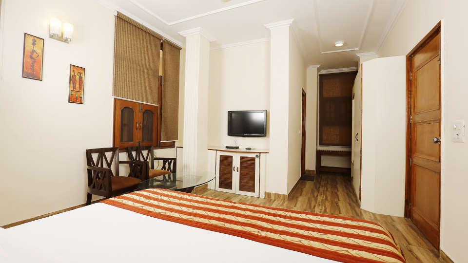 Hotel Pals Inn, Patel Nagar, New Delhi New Delhi Maharaja Classic Suite Hotel Pals Inn Patel Nagar New Delhi 2