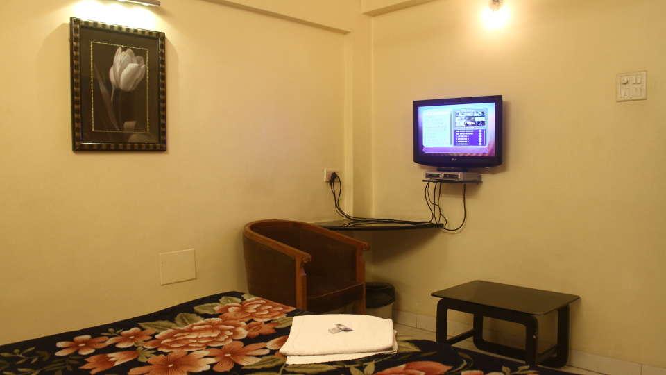 Hotel Shivkrupa, Pune Pune Deluxe Room Hotel Shivkrupa Pune 2