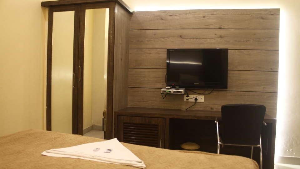 Hotel Shivkrupa, Pune Pune Deluxe Room Hotel Shivkrupa Pune