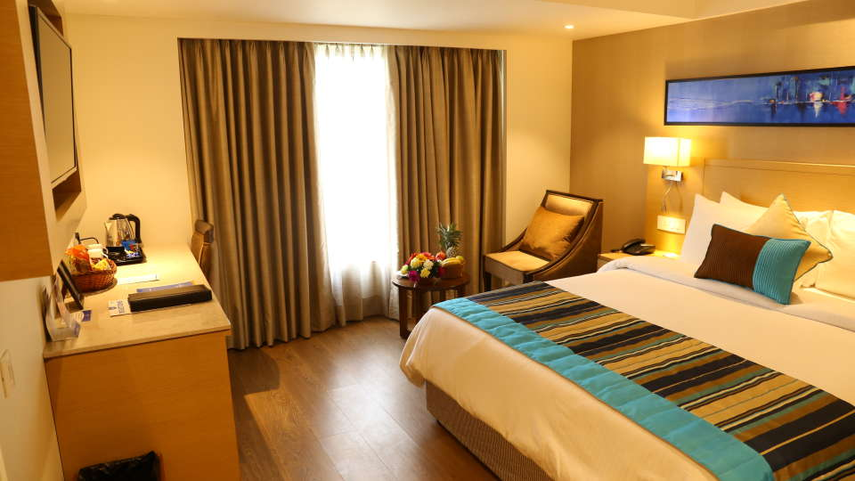 Superior Rooms Sarovar Portico Ahmedabad 25