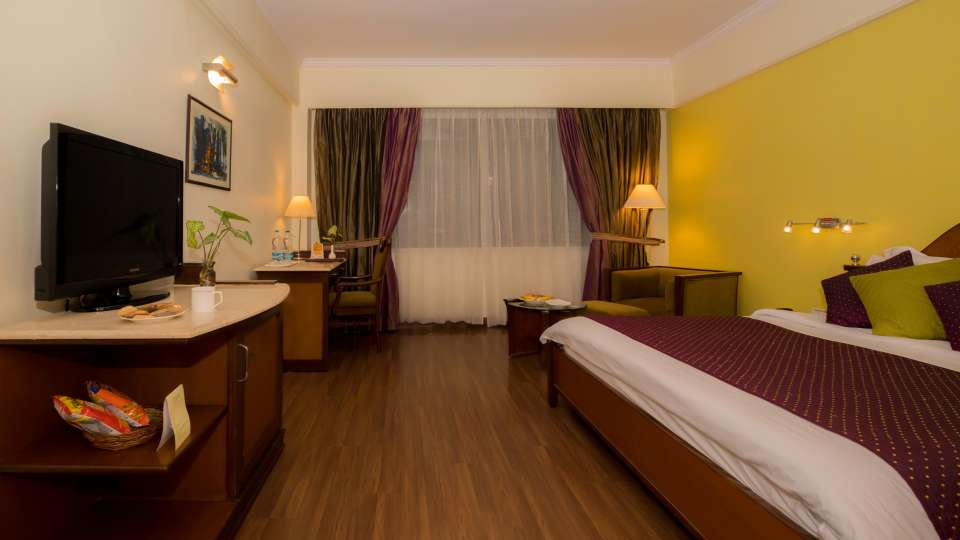 Lucknow Hotel Rooms ,The Piccadily, Rooms near Lucknow Airport 12