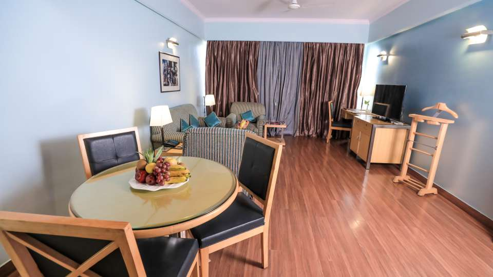 Master Suites The Piccadily Lucknow
