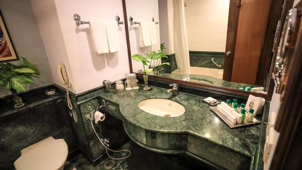 Suites in Lucknow,The Piccadily Lucknow, Best Hotel in Lucknow 8