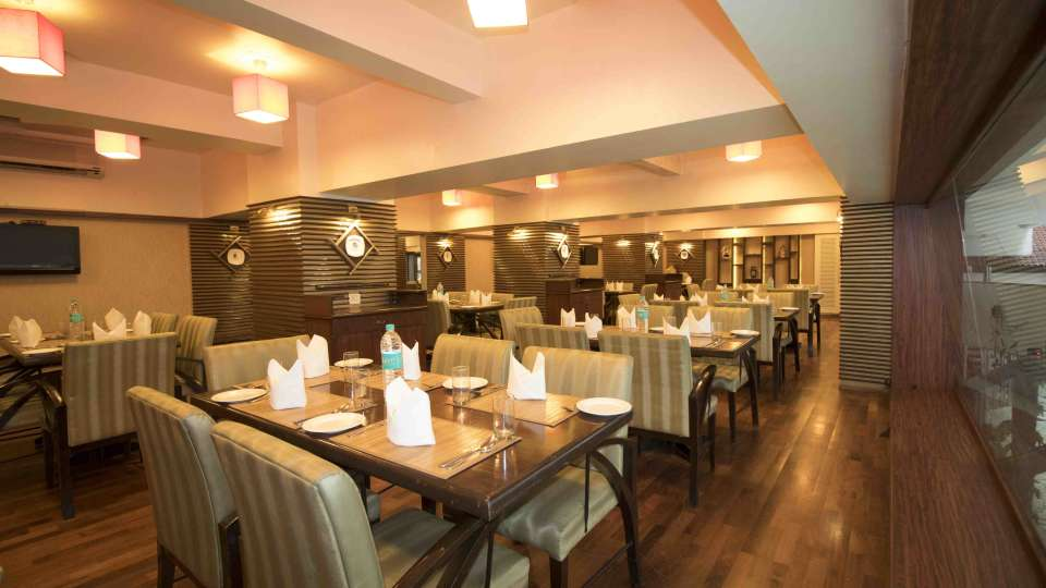 Dimsum Restaurant at VITS Hotel, Mumbai
