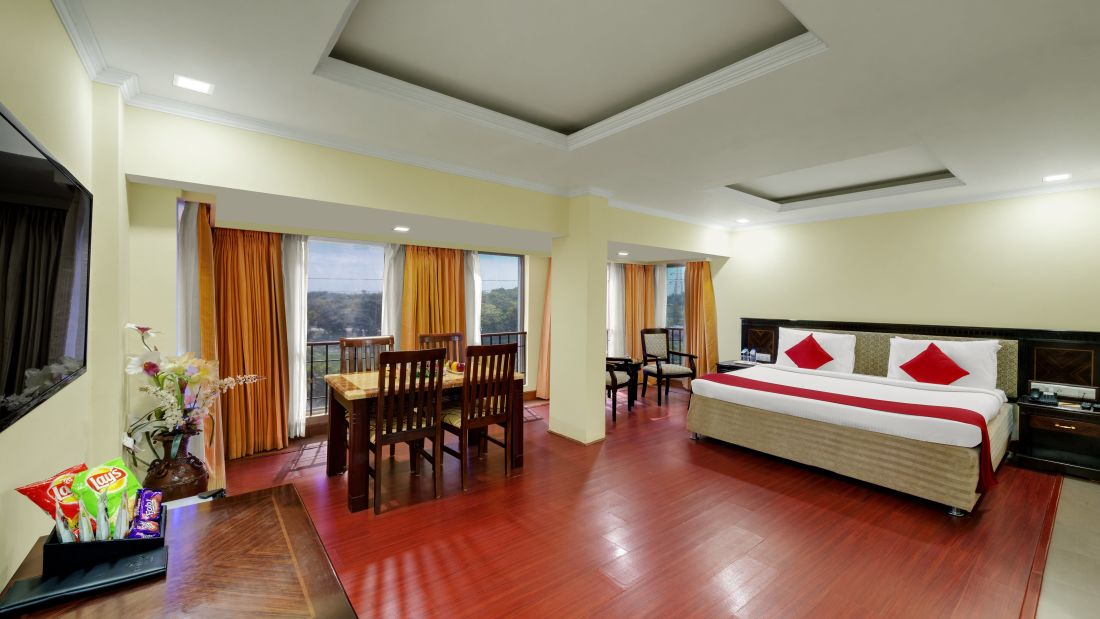 Club Suite at Hotel SRM Chennai
