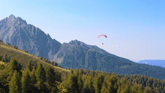 Paragliding in Dehradun, Hotel Paciifc Dehradun