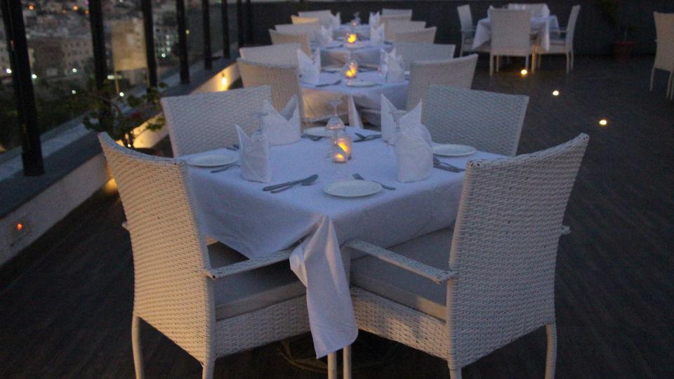 rooftop restaurant in Jaipur, SORA - Open Air Rooftop Bar & Restaurant in Jaipur, clarks amer jaipur