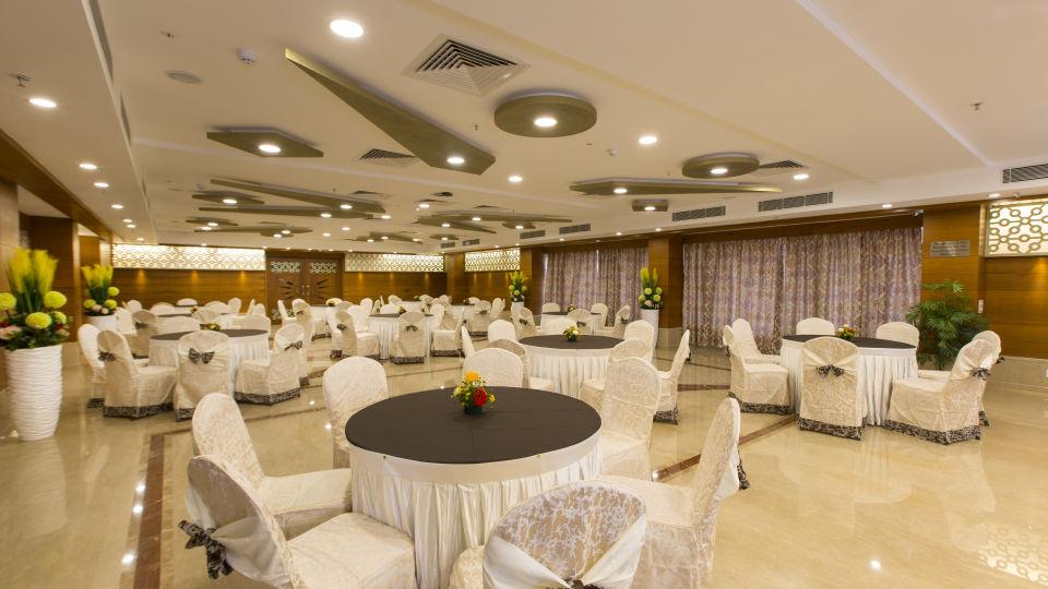 Hotel Pai Viceroy, Tirupati Tirupati Hotel Pai Viceroy Tirupathi Sammilan Banquet Hall 1