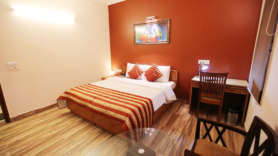Hotel Pals Inn, Patel Nagar, New Delhi New Delhi Maharaja Classic Suite Hotel Pals Inn Patel Nagar New Delhi 4