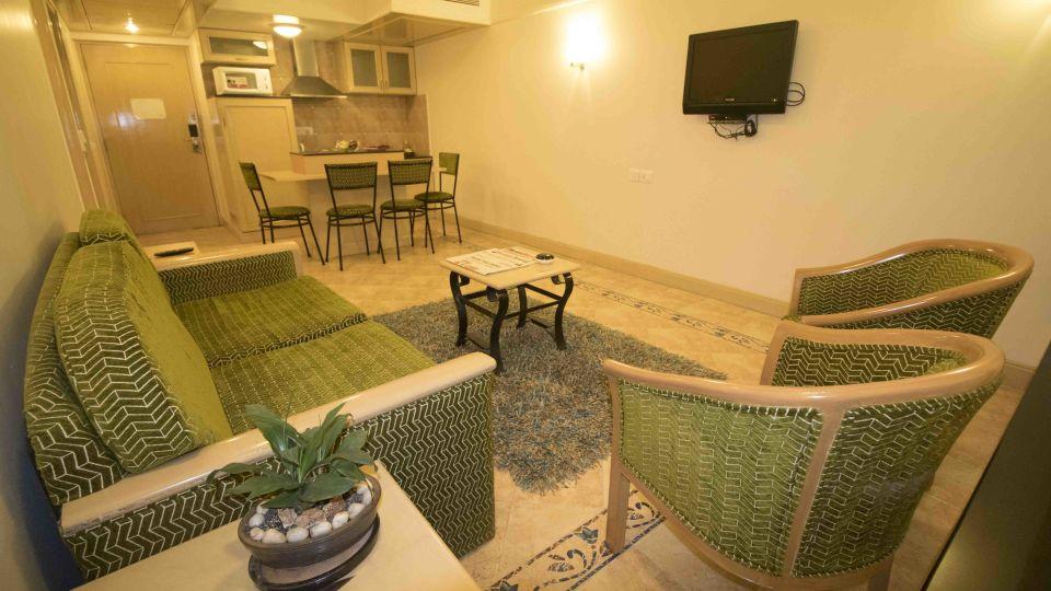 Suite in Andheri East, VITS Mumbai 3