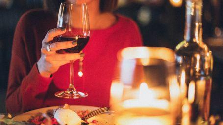 adult-alcohol-alcoholic-beverage-1850595