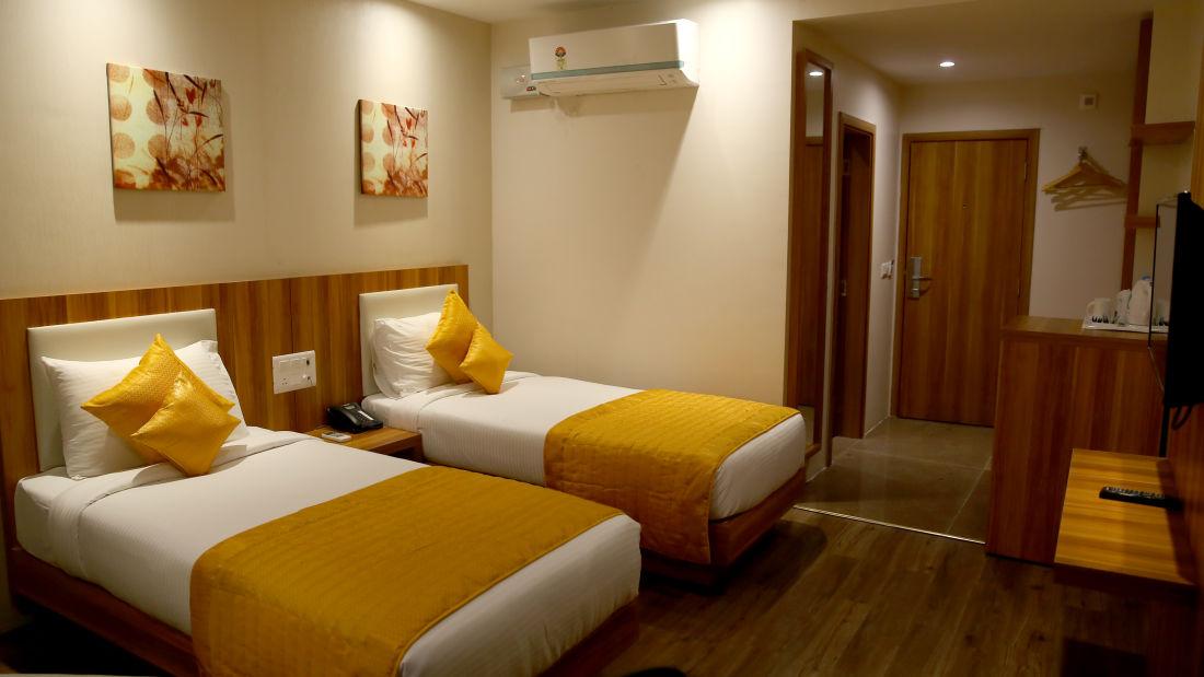 Le ROI Udaipur Hotel Udaipur Deluxe Silver Room at Le ROI Udaipur Hotel