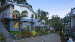 Facade at TGI Star Holiday Resort Yercaud 4