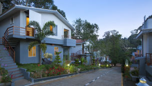 Facade at TGI Star Holiday Resort Yercaud 4