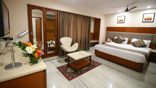 Suite at Hotel Daspalla Executive Court Vishakapatnam 4