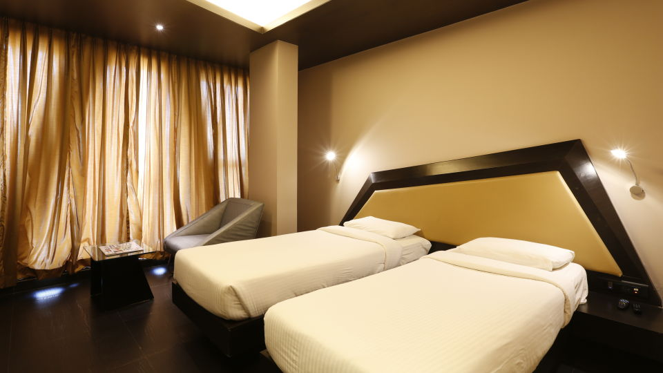 Deluxe Rooms in Andheri, Hotel Dragon Fly Andheri Mumbai