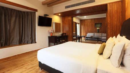 Moksha Suite Moksha Himalaya Spa Resort Parwanoo