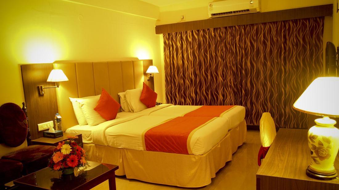 Rooms Hotel Yasodha Towers 55