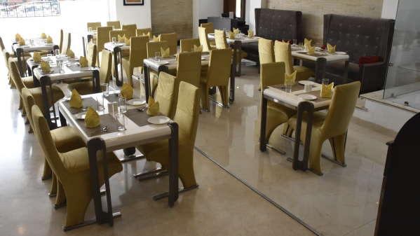 Hotel Near Jaipur Airport Jagrati Ananta Express Hotel In