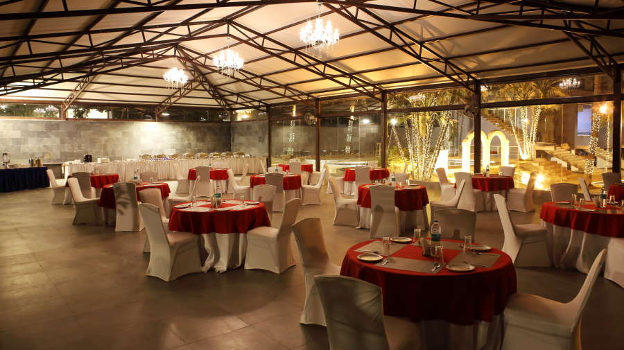 alt-text Royalton Leisure Resort Spa Bangalore22 dining Restaurant