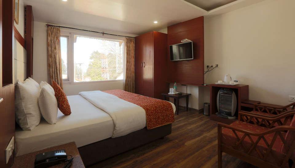 Standard Room at Alps Resort Dalhousie 4